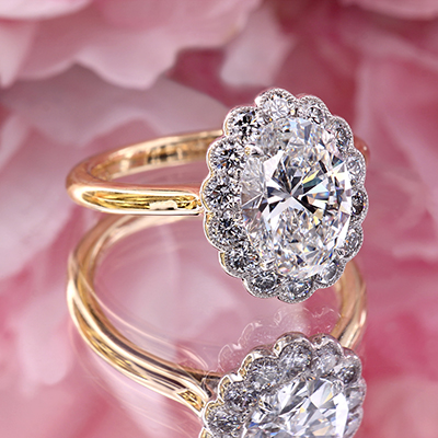 Oval diamond cluster ring in platinum r7737 by Leon Megé